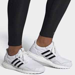 Unisex Adidas ULTRABOOST DNA SHOES M 7.5 / W 8.5